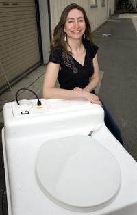 Tundra_toilet_simone_1